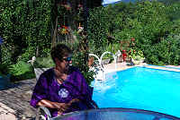 Le Chambon - Self Catering G�te Apartment offering self catering holiday accommodation for two, with swimming pool.